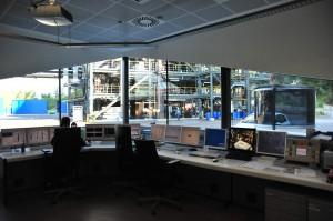 Mess- und Regeltechnik sorgt dafür, dass die Chlorsilan-Anlage in Sinich, Italien, zuverlässig, sicher und effektiv arbeitet. Bild: Evonik