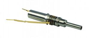 Bild 5: Werkzeug für die Zahnsteinentfernung mit Ultraschall (OEM-Produkt). Die Piezoscheiben sind deutlich erkennbar. (Foto: PI)