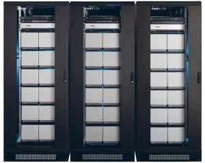 Silent Cubes sind das erste Speichersystem, das eine dauerhafte und sichere Speicherung von Permanentdaten erlaubt; sie sind für die revisionssichere Speicherung zertifiziert und erfüllen alle rechtlichen Vorgaben. Bild: FAST LTA AG
