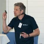 Sven Klette-Matzat, Vision Components GmbH, erläuterte, wie durch FPGA-Programmierung die Verarbeitungsgeschwindigkeit von Embedded Vision Systemen um bis zu 20 mal schneller werden kann. Bild: RBS