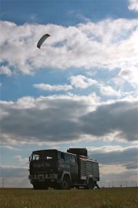 Die Versuchsanlage mit 30 kW und 15 m² Flugdrachen beweist die Praxistauglichkeit des Konzepts Bild: Faulhaber