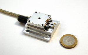Linearversteller für die Prismenpositionierung mit 16 oder 32 mm Verfahrweg und einer Wegauflösung von 1,5 µm. Bild: FAULHABER/ ISP System