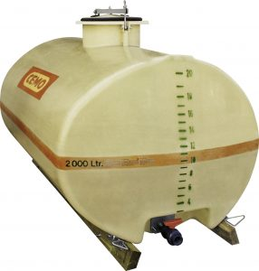 Die klassischen GFK Oval-Fässer fassen 600 bis 10.000 l. Bild: Cemo