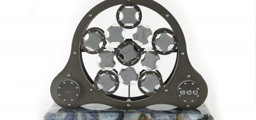 Der Uhrenbeweger hält Automatikuhren nicht nur schonend in Gang, sondern präsentiert sie auch als Teile eines ästhetisch anspruchsvollen Gesamtkunstwerks. Bild: M&E