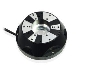 Piezobasiertes Hexapod-System: Resonanzfrequenzen von 1 kHz ermöglichen eine schnelle Positionsregelung mit einer Wiederholgenauigkeit im Bereich von 1 nm. Bild: PI