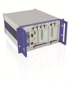 Digitaler Hexapod-Controller für die schnelle Steuerung. Er übernimmt auch die Koordinatentransformation für die sechs Antriebe. Bild: PI