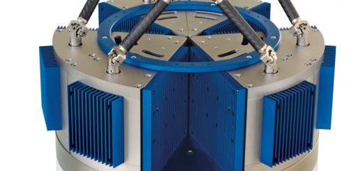 Beste dynamische Eigenschaften erreichen Hexapoden mit magnetischen PIMag Direktantrieben; hier sind Geschwindigkeiten von mehreren hundert mm/s und Beschleunigungen bis zu 4 g möglich. Bild: PI