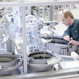 Engmatec hat sich spezialisiert auf Entwicklung und Bau von Prüfgeräten und Montageanlagen, überwiegend für elektronische Baugruppen und Produkte, und gehört europaweit zu den größten Anbietern in diesem Bereich. Bild: Engmatec