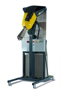 Der SpeedMan MAX richtet sich speziell an Versender mit hohem Füllvolumen oder großen Stückzahlen. Er fördert Papier mit einer Geschwindigkeit von bis zu 3,3 Metern pro Sekunde und produziert daraus pro Minute etwa drei Kubikmeter Füllvolumen. Bild: Papier Sprick