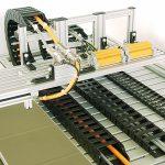 Mattke bietet Kabelprüfmaschinen für alle Prüfaufgaben an. Hier: Schleppkettentest. Bild: Mattke