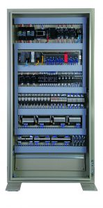 """Die Steckklemme nach dem """"Push-In Plus""""-System erleichtert die Verkabelung im Schaltschrank erheblich. Bild: Omron"""