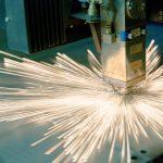 Bei ganz unterschiedlichen Verfahren sind Laser heute branchenübergreifend im Einsatz, um Fertigungsprozesse weiter zu optimieren und eine hohe Qualität der Bauteile zu gewährleisten. Bild: PI