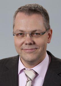"""Hartmut Hennecke, Niederlassungsleiter bei der Process Automation Solutions GmbH: """"Durch die Offenheit der heutigen neueren Planungstools können wir inzwischen viele Prozesse automatisieren, die vor einigen Jahren noch von Hand durchgeführt wurden."""" Bild: Process Automation Solutions"""
