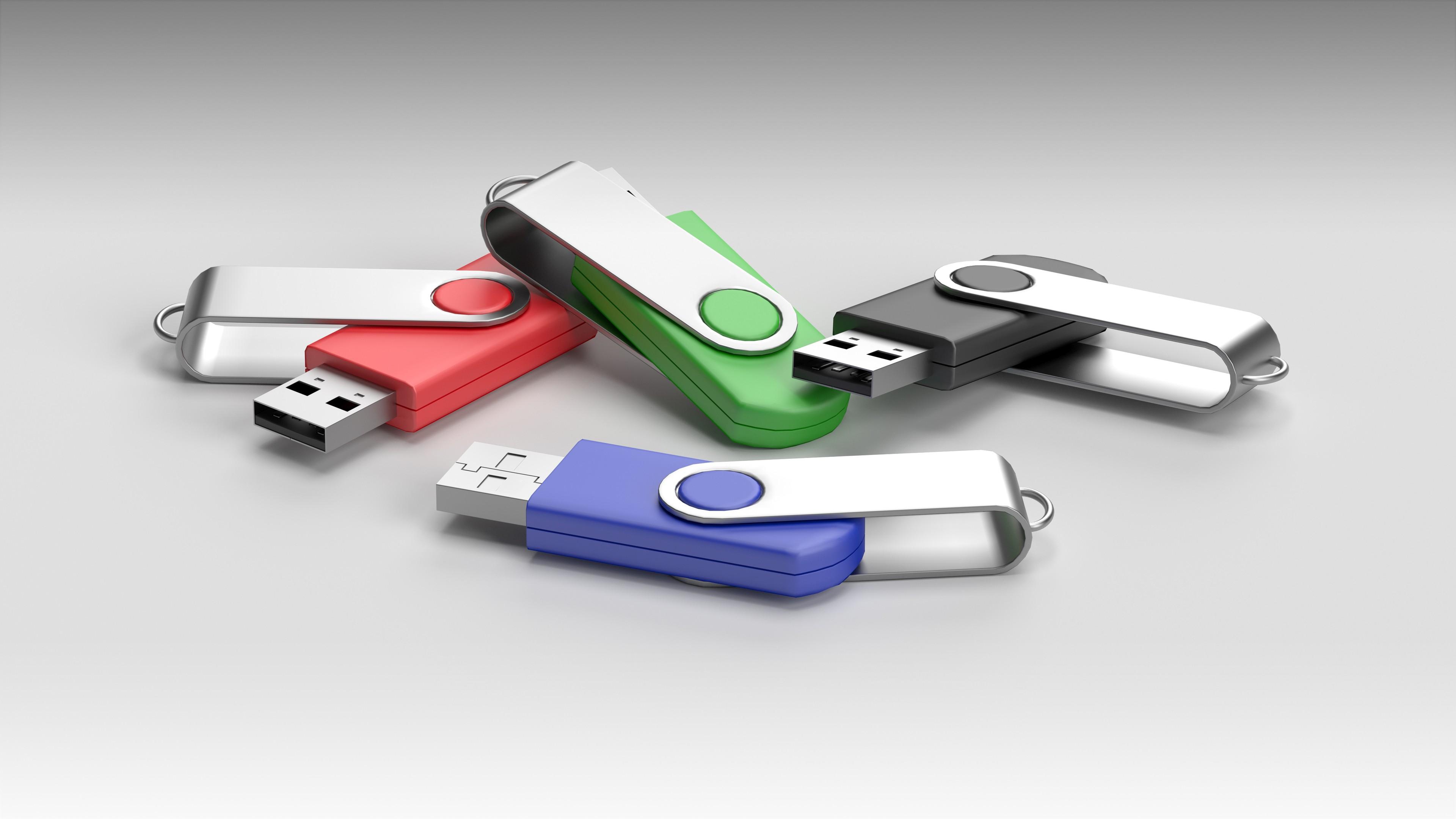 Billige USB-Sticks sind für industrielle und gewerbliche Zwecke ungeeignet. Bild: close-cut multimedia design