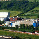 Die Danone GmbH produziert am Standort Ochsenfurt bei Würzburg hauptsächlich Joghurt und Desserts. Bild: Danone