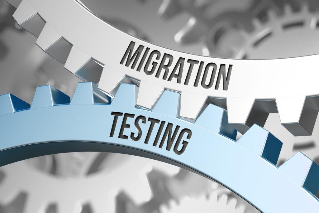 Mit einem durchdachten PLT CAE-System und digitaler Anlagendokumentation laufen Migration, Tests und Dokumentation von Prozesstechnikanlagen Hand in Hand. Bild: Coloures-Pic - stock.adobe.com