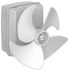 Der Motor DE 20 ist speziell für Kühl- und Gefriergeräte optimiert und für Standarddrehzahlen von 2200 bzw. 2.500 U/min kombiniert mit einem vierblättrigen Lüfterrad mit 100 mm Durchmesser ausgelegt. Bild: ebm-papst
