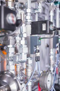 Massendurchflussregler sorgen für eine optimale Reproduzierbarkeit der Gaszusammensetzung. Bild: Bürkert