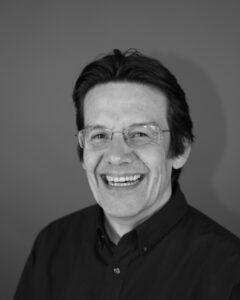 """Nicolas Touchard, Vizepräsident Marketing bei DXOMARK: """"Wir müssen sicherstellen, dass bei jedem Test die simulierte Bewegung gleich ist. Hexapoden sind für diese Aufgabe gut geeignet."""" Bild: DXOMARK"""