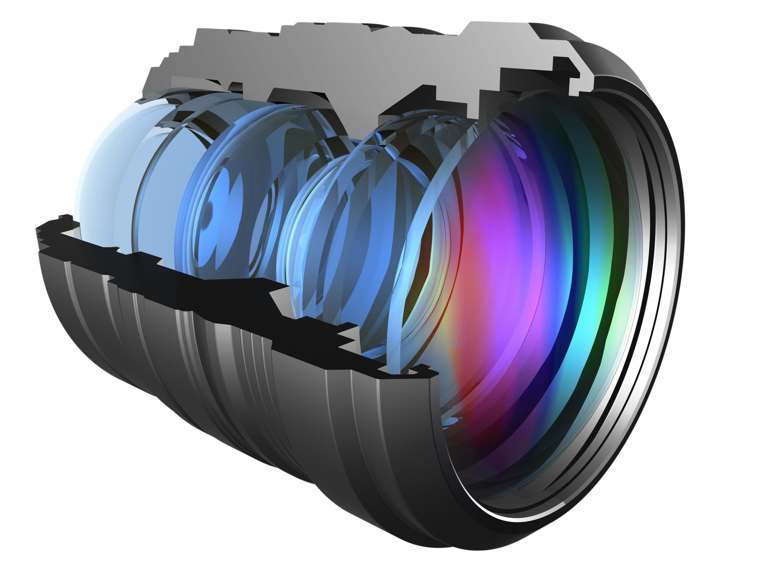 Die Formtreue und damit die Qualität der asphärischen Linsen zu prüfen, stellt Optikhersteller vor Herausforderungen. Es gilt, kleinste Formabweichung im Nanometerbereich zu messen und dabei auch noch möglichst effizient zu arbeiten. Bild: Yakobschuk Vasy/Shutterstock.com