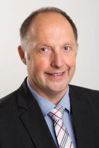 """Markus Demaria, R&D Director / HMS Technology Center Ravensburg GmbH: """"Wir kennen nicht nur alle Feldbusstandards vom Hörensagen, sondern haben mit allen jede Menge Praxiserfahrung. Wenn ein Anwender eine individuelle Kommunikationslösung benötigt, können wir also aus dem Vollen schöpfen."""" Bild: HMS"""