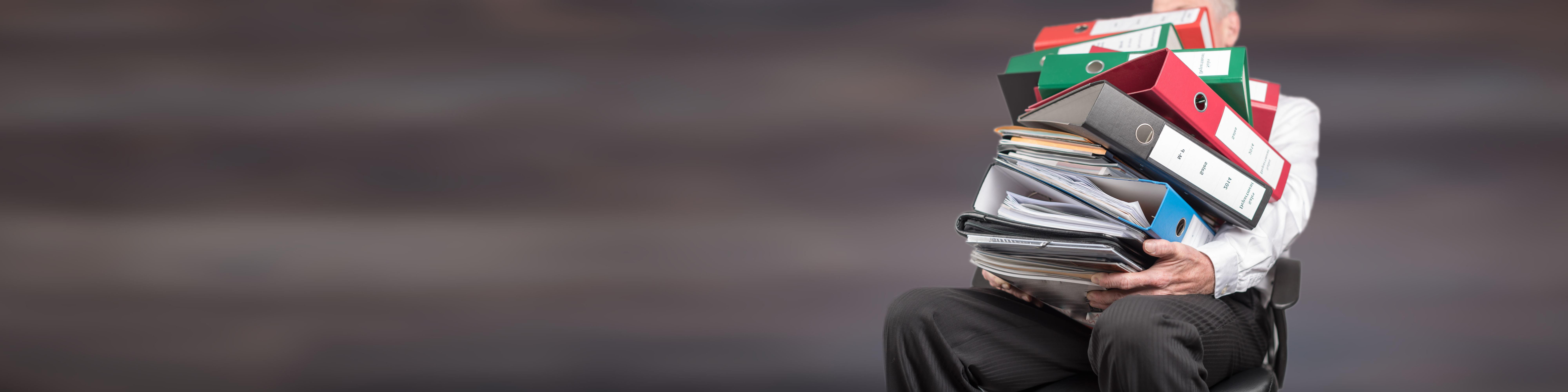 Dokumentation komplexer Anlagen ist nicht statisch, sondern permanentem Wandel unterlegen. Mit Papierdokumentation ist dieser Herausforderung heute nicht mehr Herr zu werden. Bild: ©thodonal - stock.adobe.com