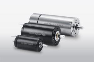 Welcher der drei Motortypen zum Einsatz kommt, hängt von der Größe der Optik ab. Bild: FAULHABER