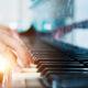 Über 140 Jahre wurde an der Klaviermechanik kaum etwas verändert. Das Konzept galt als ausgereift. Nun macht sich ein Forscherteam daran mit einer assistierten Mechanik, Pianisten eine höhere Dynamik zwischen lauten und leisen Tönen zu ermöglichen und damit größere Konzertsäle zu bespielen. Bild: LPNHE – CNRS/ Antoine Letessier Selvon