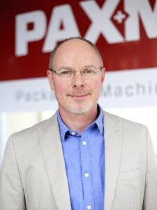 """Roland A. Schierle, CEO und Inhaber der PAXMATIC AG: """"Gemeinsam mit Telsonic haben wir eine für unsere Schlauchbeutelmaschinen maßgeschneiderte Ultraschalleinheit entwickelt."""" Bild: PAXMATIC"""
