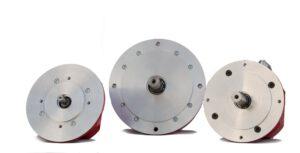 Die permanentmagneterregten Synchronmotoren MC17-BL, MC19-BL und MC23-BL. Bild: Mattke