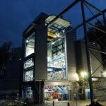 ESA-Prüfstand P5.2 des Deutschen Zentrums für Luft- und Raumfahrt (DLR) am Standort Lampoldshausen in der Nähe von Heilbronn. Hier können die Oberstufen der europäischen Trägerrakete Ariane 6 inklusive Triebwerksheißlauf getestet werden. Urheber: DLR