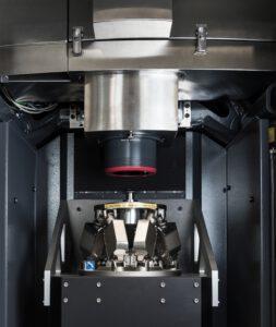 Das MarOpto TWI 60 ermöglicht die Vermessung gesamter Oberflächen in 20 bis 30 Sekunden. Ein Hexapod als Positioniersystem beim Kalibrieren und Vermessen trägt entscheidend dazu bei. Bild: Mahr
