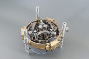 Die SEIS-Sensoren so sensibel, dass sie noch Verschiebungen des Untergrunds um weniger als den Durchmesser eines einzigen Wasserstoffatoms registrieren. FAULHABER-Schrittmotoren tragen zu dieser Genauigkeit entscheidend bei. Bild: Sodern Ariane Group 2018
