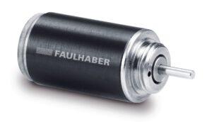Der Precistep-Schrittmotor mit 8 mm Durchmesser und 13,8 mm Länge liefert ein Drehmoment von 0,65 mNm. Bild: FAULHABER